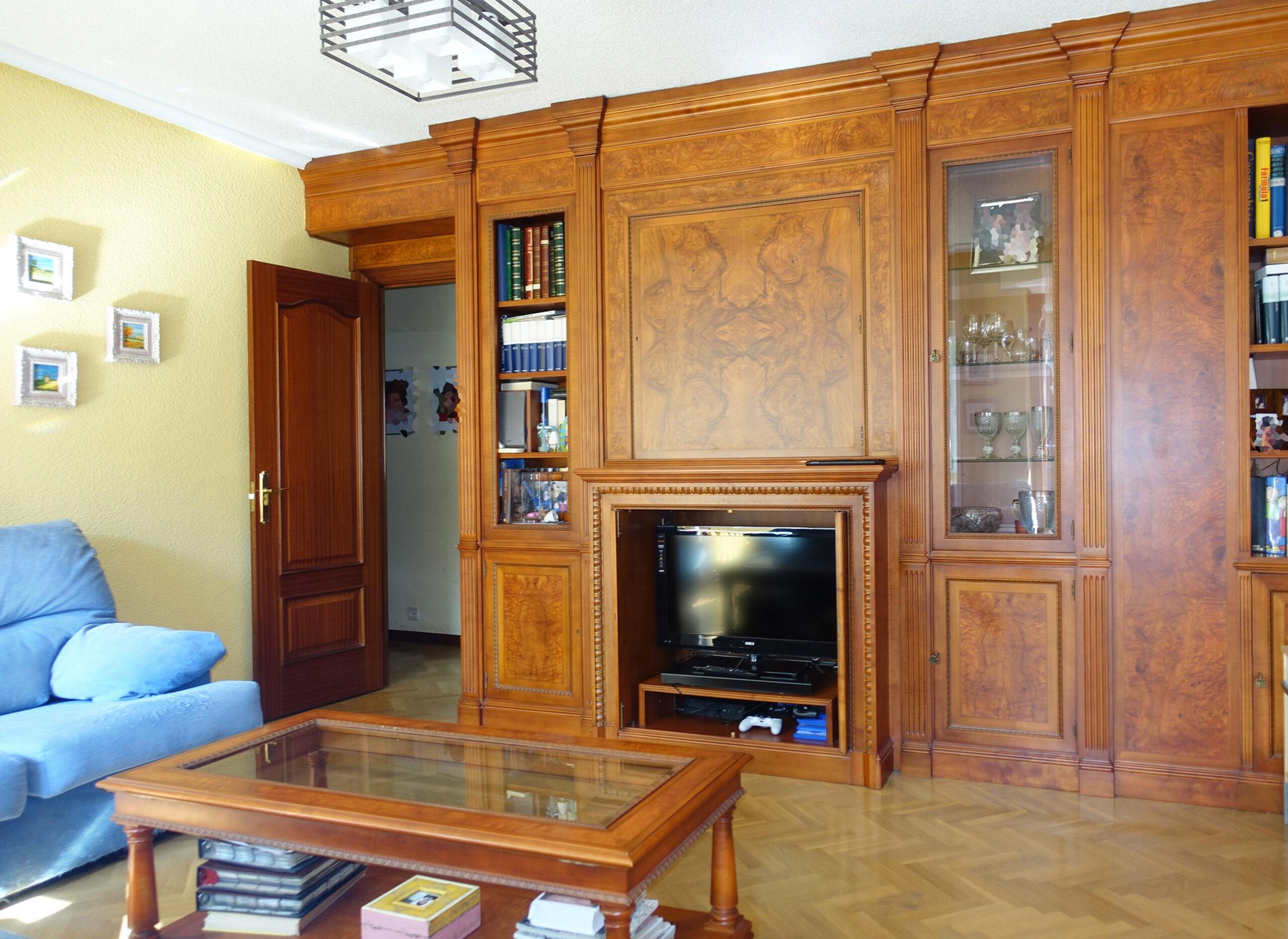 Venta de piso barrio de la estrella Retiro, con garaje directo y trastero. 3 dormitorios. Gran cocina
