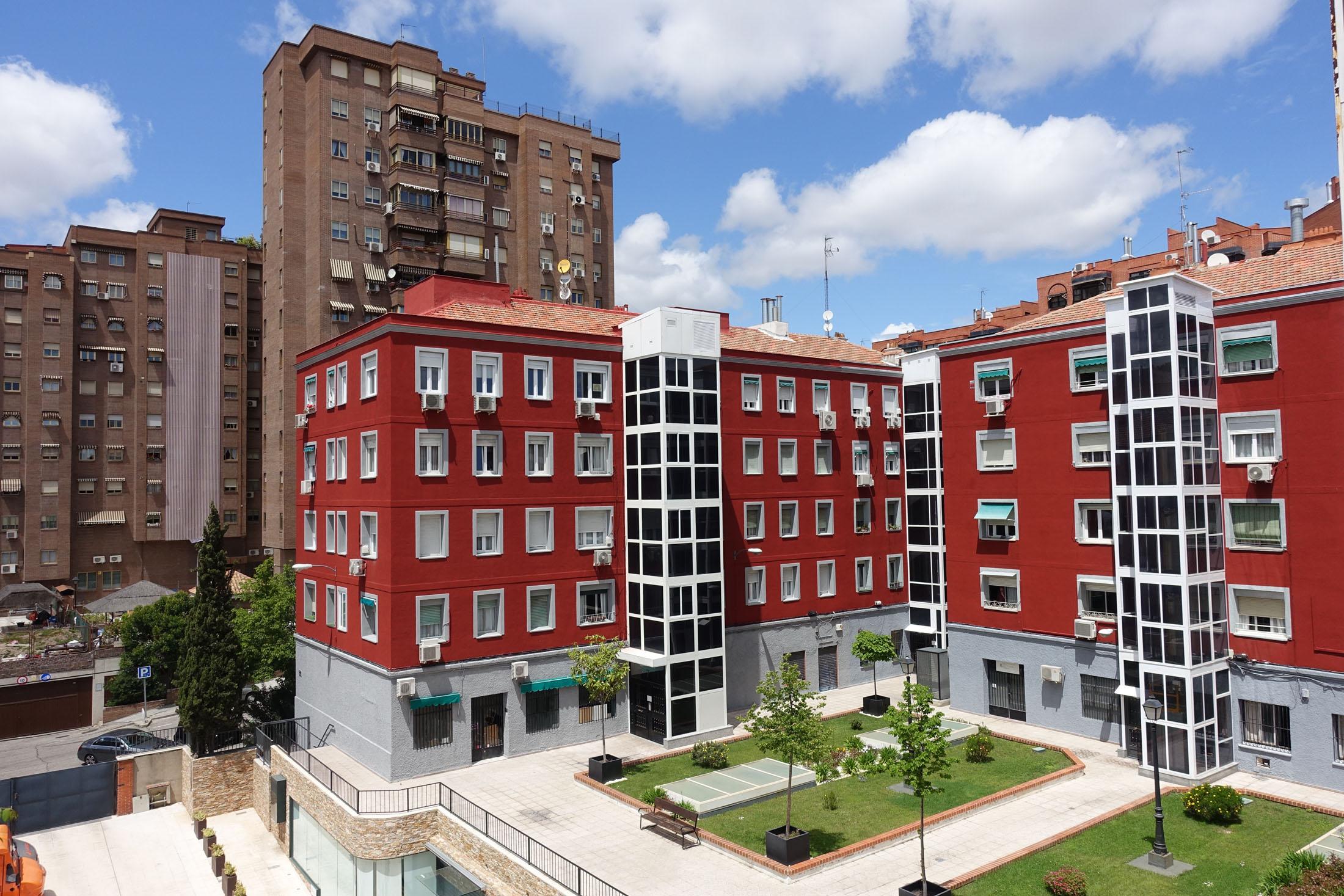 Venta de piso Madrid-Retiro, 2 dormitorios. Muy luminoso. Ascensor